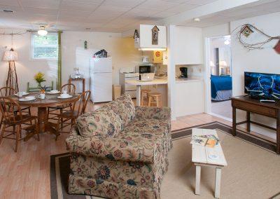 Baileys Harbor Schoolhouse Inn Sunny-Side Suite